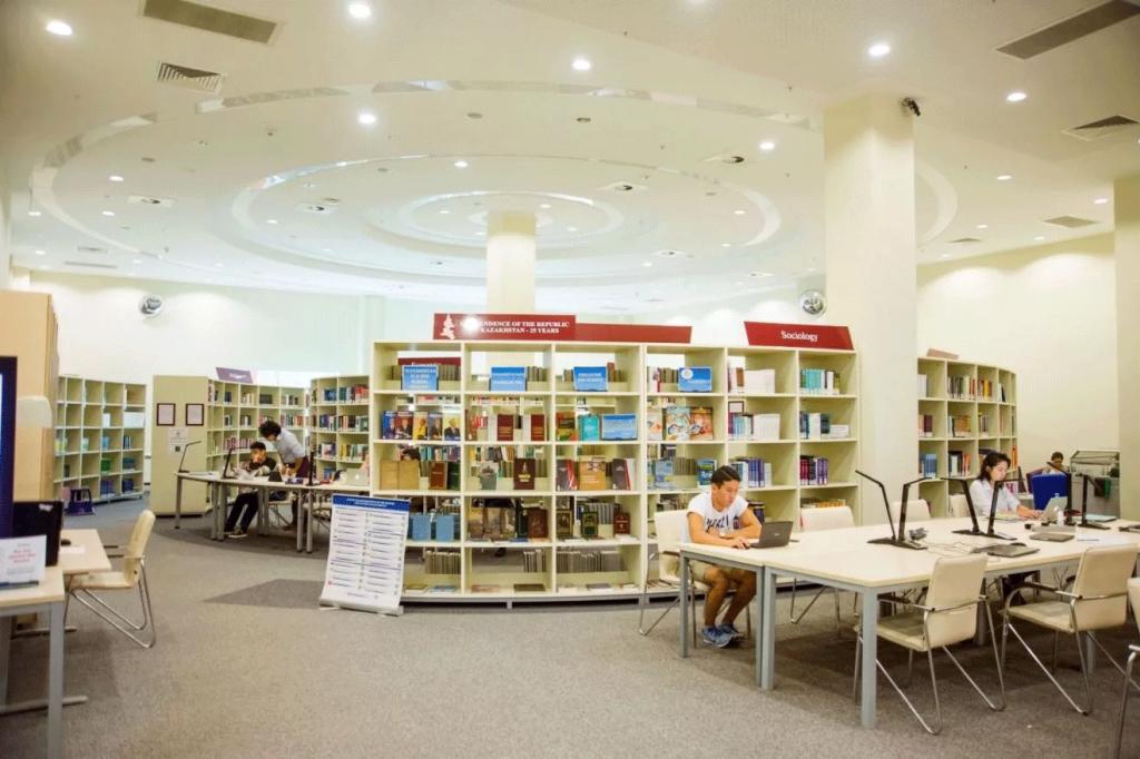 کتابخانه دانشگاه ووهان چین