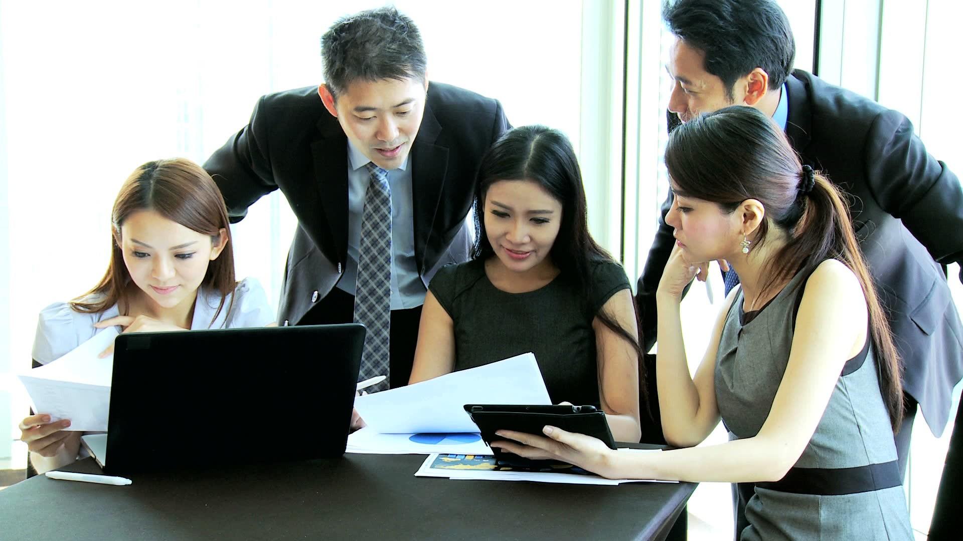 کار و تحصیل در چین